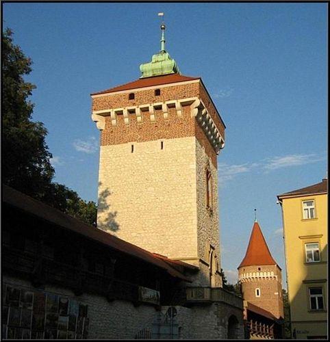 Kraków :: St Florian's Gate ::