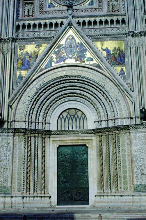 Orvieto portal wejście do katedry jmr