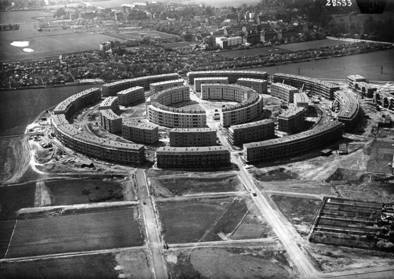 Rundling Leipzig-Lößnig  errichtet 1929-1930  Hubert Ritter (German architect  1886-1967)